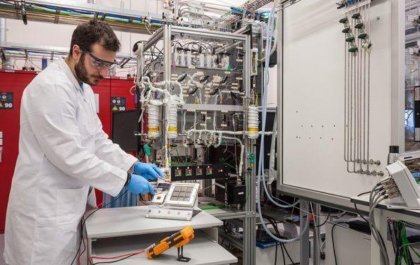 Wodór z powietrza – nowy projekt badawczy Toyoty i instytutu Differ